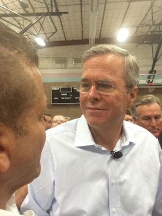 Gig Schmidt and Florida Governor Jeb Bush (R), Henderson, NV, June 27, 2015 (4)