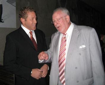 Gig Schmidt and Las Vegas Mayor Oscar Goodman, Downtown Fremont Street, Sept 29, 2010 cropped (2)